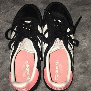 Adidas shoes in brand new condition